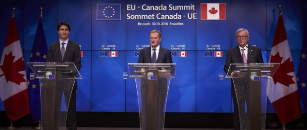 From left to right: Justin TRUDEAU; Donald TUSK;  Jean-Claude JUNCKER,